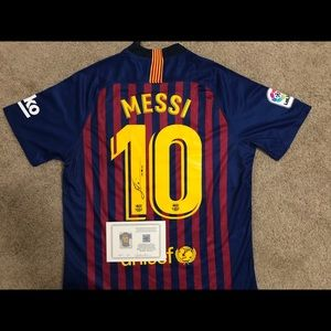 Messi Signed Jersey with COA